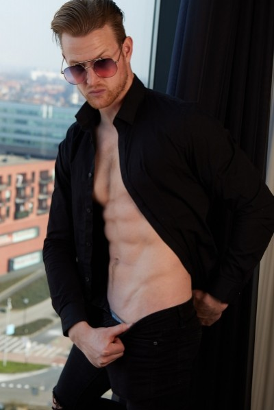 Dutch Hunk in hotel suite