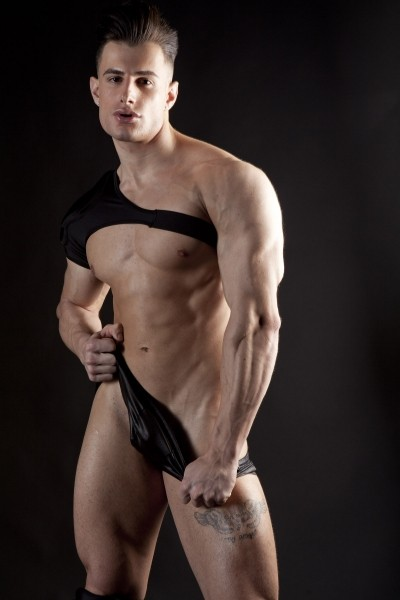 Francesco big hunk in studio