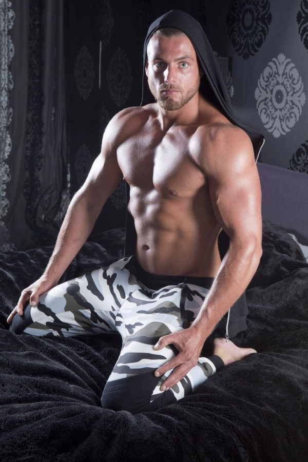 Muscular dutch fitness model #4