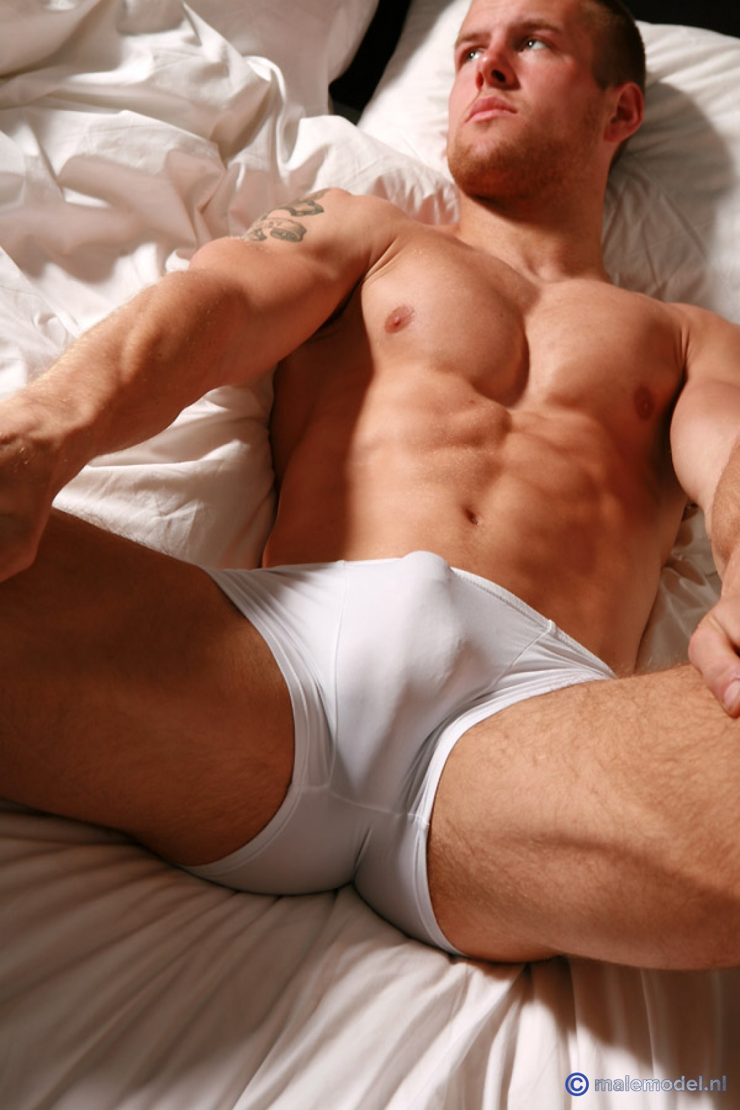 hot-naked-uncircumcised-men-having-sex